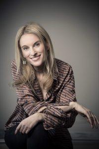 Mag Helga Lehofer Psychotherapeutin lächelnd